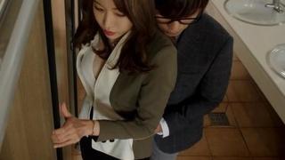 2015韩国情色爱情《禁止的爱:善良的小姨子》HD720P.韩语中字