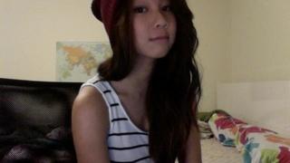 子孫流出 又有疑似外國留學港女Angie Lee畀條仔出賣 #hot #hottie #hot asian #hot babes #horney #sluut #sexy #dirty #淫 第一片鐘意就reblog啦 First video reblog it if u like it?