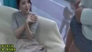MM号で子持ち人妻が寝取られ!近くにいる子供と夫を忘れイキ狂いザー汁種付けされる!!