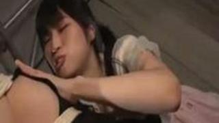 股間を擦られ悶絶する巨乳メイド 年下の女の子に辱められる年上のお姉さん2 かなで自由 神楽アイネ