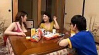日本の女の子中山玲奈、ゆみひとみ、白鳥すみれ、ホットJAVシーン - その他の日本語XXXフルHDポルノwww.IFLJAPAN.com