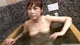 淡い日本人の妻の秘密AV入浴石けんの手コキサブタイトル