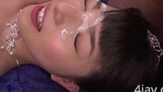 精液で顔面ドロドロにしながらSEXし続ける巨乳花嫁w