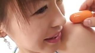 姫野愛は大人のおもちゃで彼女をファック