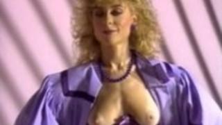 メリッサメレンデス、テージャ・レイ、古典的なポルノサイトでキャンディ・エヴァンス