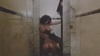 クラシックポルノテープで女性刑務所
