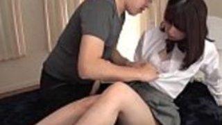 小柄な日本のロリ・ユナ・ハードコア・クッキング[ムービー・オン・goo.gl / HneesF]