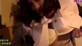 【谷原希美イラマチオ】巨乳の同僚人妻、谷原希美のイラマチオ手ヌキ寝取られプレイがエロい!