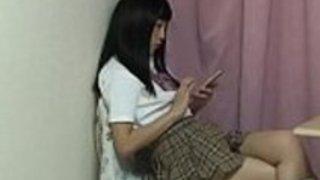 日本人女子高生アップスカート